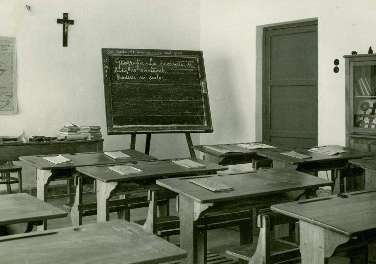 escuela abril de 1948